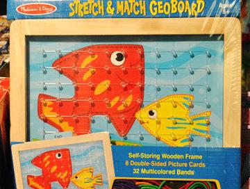 Toys Melissa & Doug Stretch & Match Geoboard